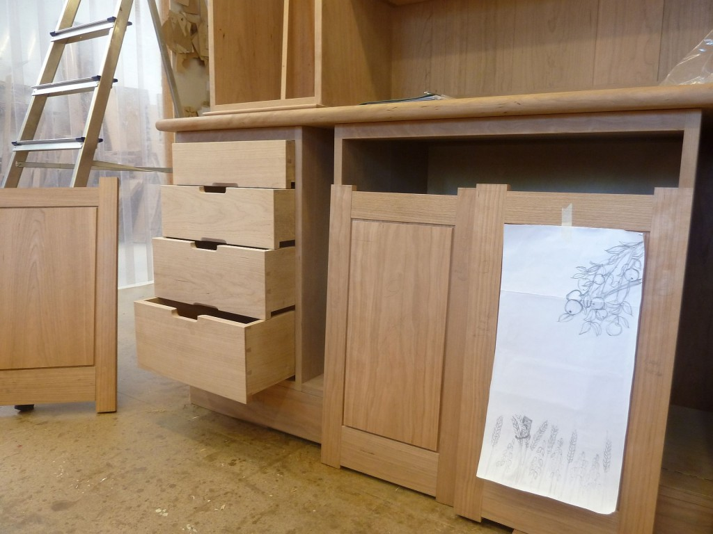 Drawers with Cherry fronts but with quartered Oak sides